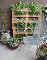 pallet patio garden